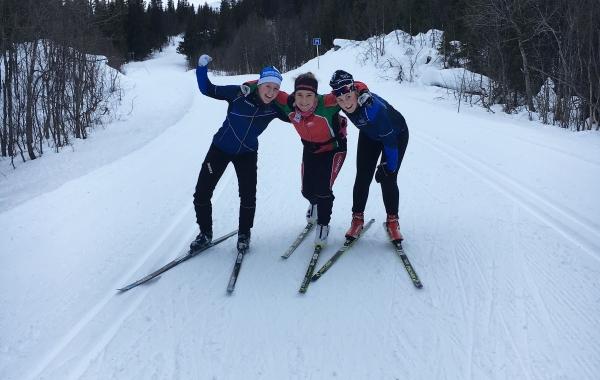 Läger i Saxnäs med skidgymnasiet